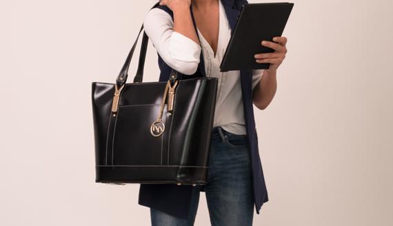 Czarna aktówka damska ze skóry naturalnej Arya na laptopa